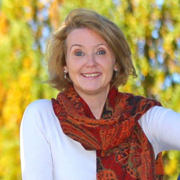 Elke Groeger in der Natur - Therapie und Coaching in Stuttgart